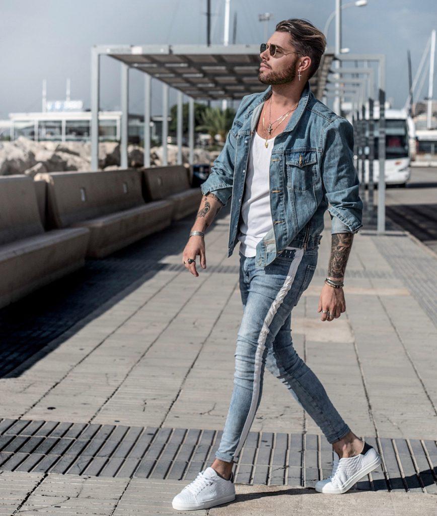 Look masculino com jaqueta e calça jeans