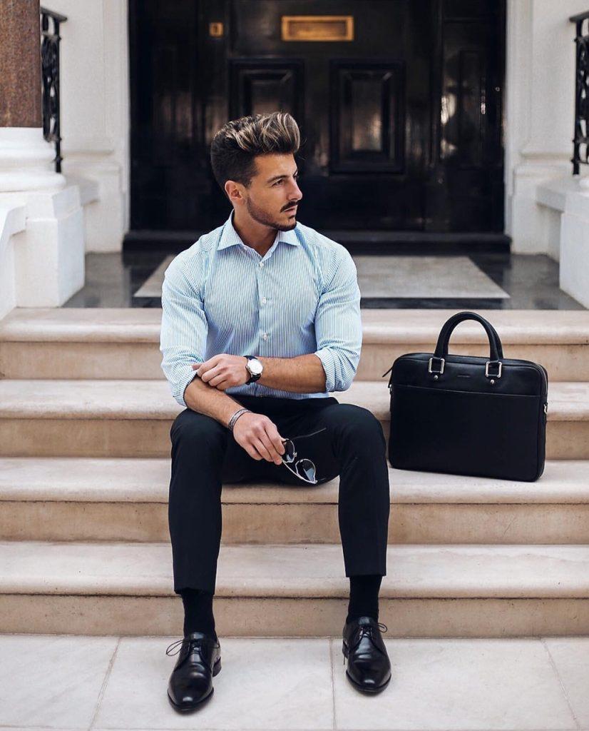 Homem bem vestido no trabalho