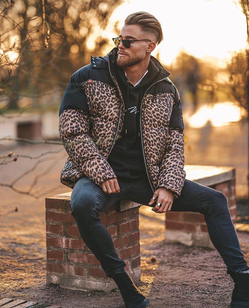 Jaqueta de Nylon com estampa animal