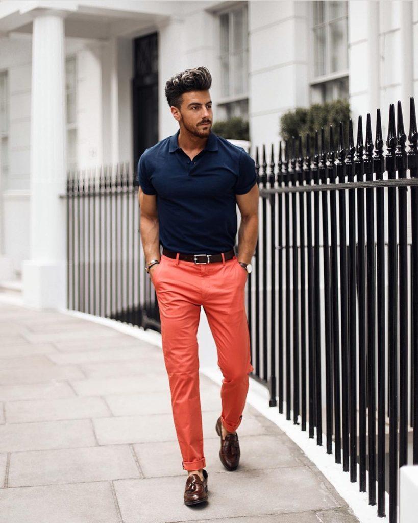 Look masculino com laranja e azul