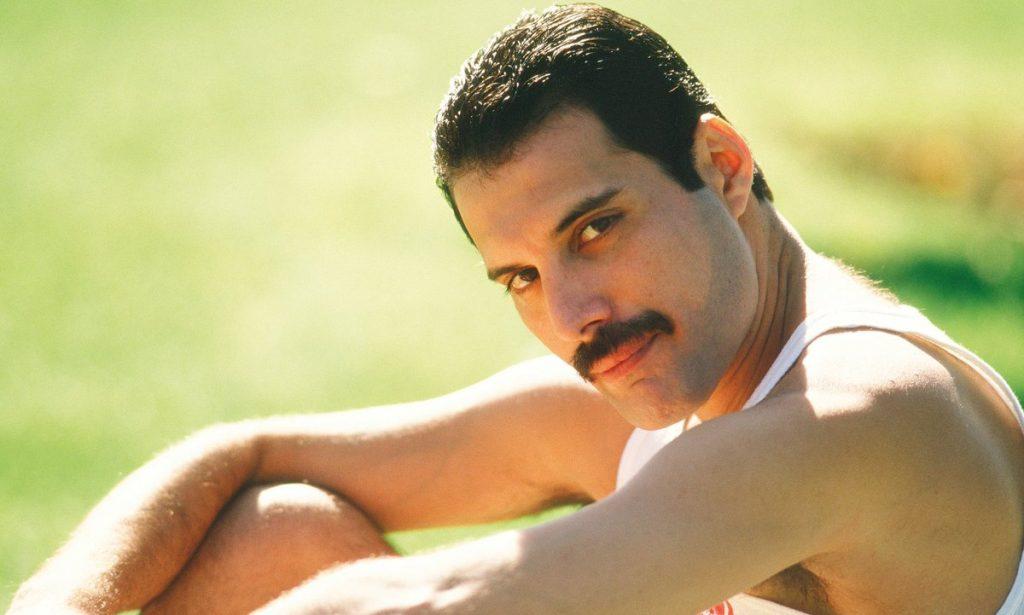 Bigode do cantor Freddie Mercury