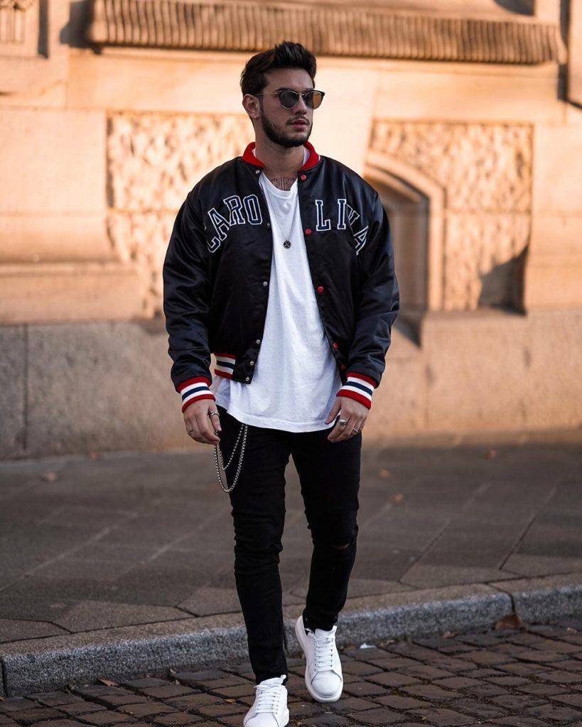Look masculino com jaqueta Varsity