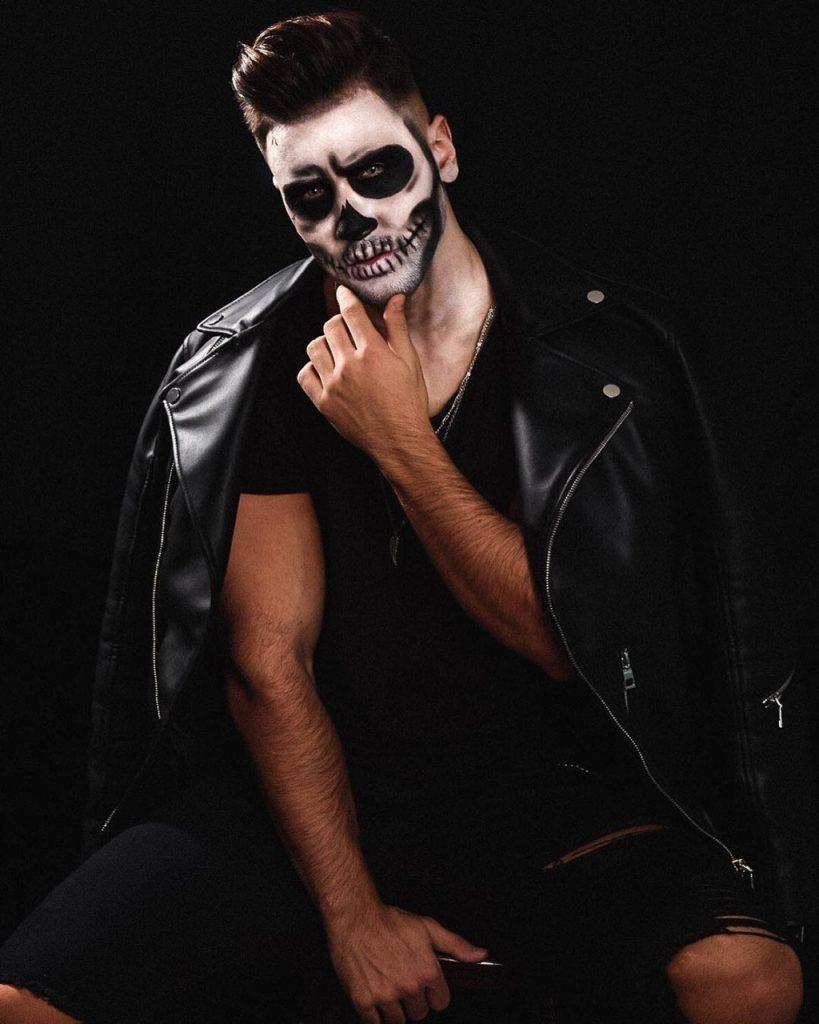 Maquiagens de Halloween para homens: caveira